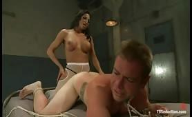 Jaquelin Braxton dominates a hot boy
